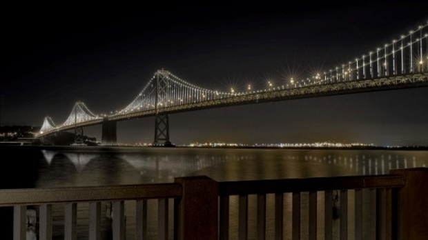 the_bay_bridge_installation