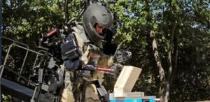 exoesqueleto-robotico-da-companhia-raytheon-amplia-forca-do-usuario-traje-foi-desenvolvido-para-o-exercito-dos-eua-1285784775721_615x300