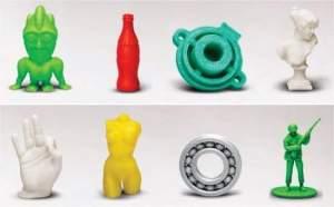 Peças impressas no equipamento nacional de prototipagem rápida, ou fabricação aditiva.