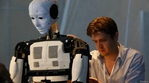 Alguns especialistas acreditam que robôs podem substituir humanos em determinadas tarefas